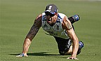 Pietersen And Broad In The Runs As England Toil