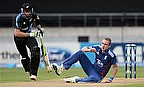 Guptill And McCullum Take New Zealand To Easy Win
