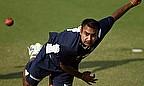 IPL 2013: Sunrisers Win, Kings XI Punjab Out
