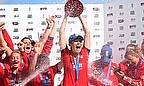 Charlotte Edwards lifts the Ashes