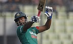 Tamim Iqbal plays to leg