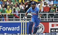 IPL 2012: Vijay Century Puts Chennai Into The Final