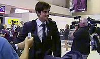 Video - England Arrive In Australia