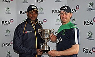 Angelo Mathews and William Porterfield with the RSA Insurance ODI Trophy