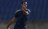 Imran Tahir Replaces Injured Robin Peterson