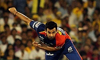 Zaheer Khan bowled a dream spell of 2-9 as Delhi Daredevils defeated Chennai Super Kings by six wickets.