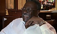 Clive Lloyd condemns Phil Simmons' public outburst