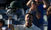 Terrific Warner, solid Khawaja sink New Zealand on day one