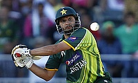 England overcome Afridi blast to wrap up series