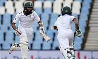 South Africa strike early after setting a 382-run target