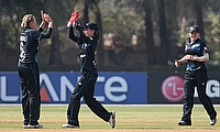 Lea Tahuhu (left) took three wickets as New Zealand completed victory