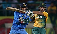 JP Duminy (right) scored 67 off 44 deliveries.