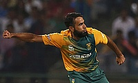 Imran Tahir picked three wickets for Derbyshire