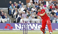 Jos Buttler remained unbeaten on 42