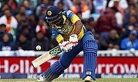 Asela Gunaratne played a calm innings under pressure