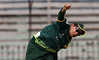 Sana Mir picked four wickets in the game