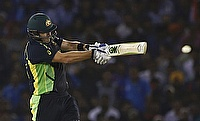 Shane Watson led from the front for Sydney Thunder