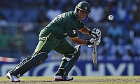 Kamran Akmal scored unbeaten 107 for Peshawar Zalmi