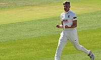 Yorkshire beat reigning champions Essex in thriller at Chelmsford