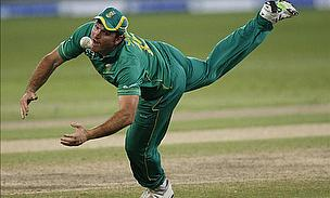 Boucher And Prince Dig In For South Africa