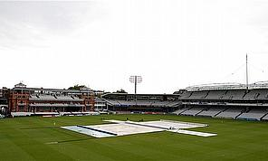 Rain Denies England Shot At 5-0 Clean Sweep