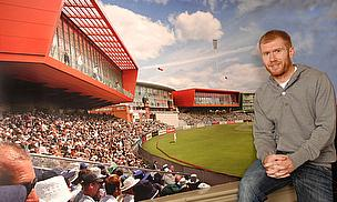 Scholes, Flintoff Pledge Support To Redevelopment Plans