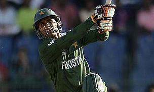 Razzaq Blasts Pakistan To Victory Over England