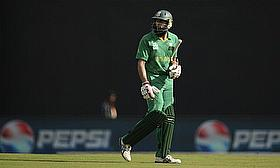 Nottinghamshire Sign Amla To Cover For Hussey