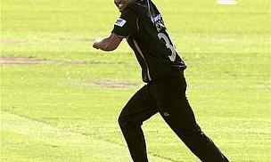 Yorkshire Suspend Azeem Rafiq