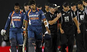 New Zealand Thrash Sorry India By 200 Runs