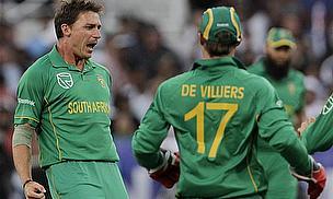 South Africa Hand Australia Heavy Defeat
