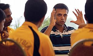 Dravid Stands Firm But England Close Well Ahead