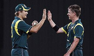 Marsh And Hussey Drive Australia Into The Lead