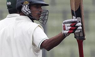 Nasir Century In Vain As Pakistan Seal ODI Series