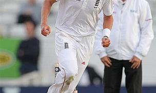 England Fight But Petersen Hits Ton