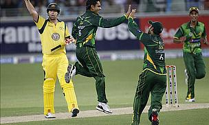 Pakistan Hammer Australia In Opening Twenty20