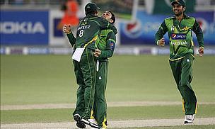 Pakistan Win Thriller In Dubai