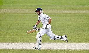 Trott Keeps India At Bay As England Build 165-Run Lead