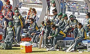 Van Jaarsveld, Ontong Deny Pakistanis Victory