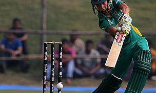 Kapp Stars As South Africa Progress