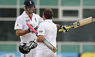 Knee Injury Rules Pietersen Out Of Champions Trophy