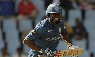 IPL 2013: Mumbai Roar Back Into Contention