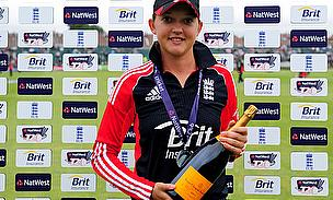England Wicket-Keeper Sarah Taylor Joins Team GM