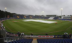 Comment - Rain, Controversy Marring Great Tournament