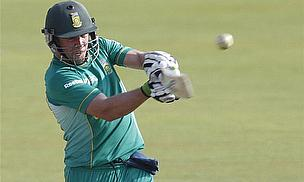 South Africans Chase Improvement