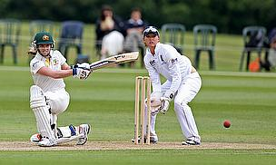 Australia, England Draw Ashes Opener
