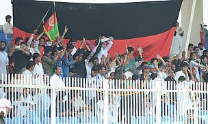 Afghan fans