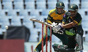 Abdur Rehman, AB de Villiers