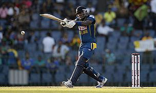 Angelo Mathews plays a shot
