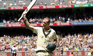 Chris Rogers acknowledges the crowd